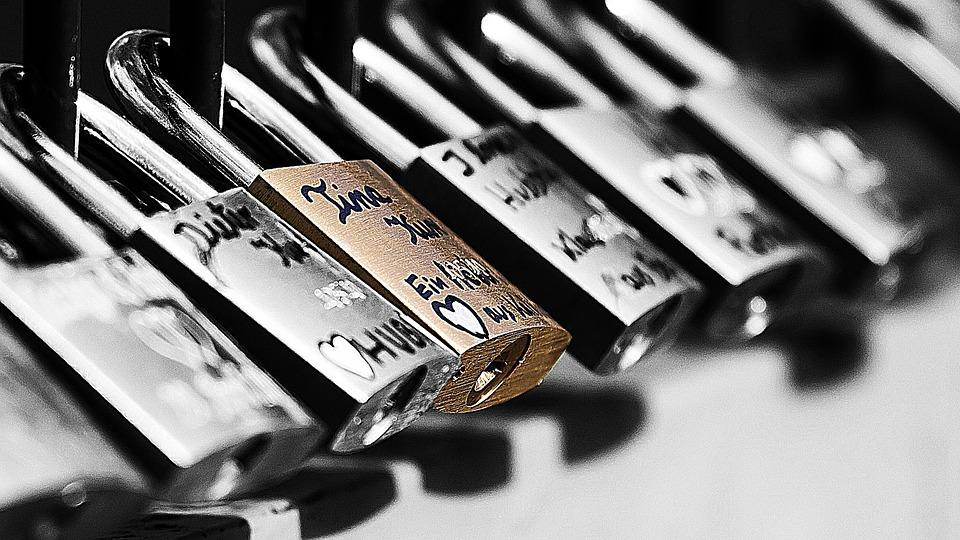 열쇠 인터넷 보안 castle-265596_960_720